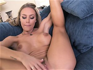 Nicole Aniston voluptuously fumbling her fragile cunny
