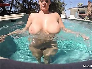 curvy Alison swims and jacks in the pool