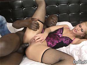 Cuck Helps wifey Linda Ray Take anal big black cock