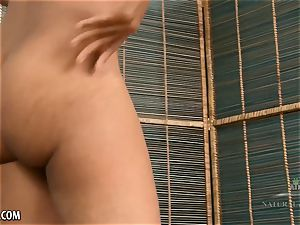 Ariel grace humps her rosy with vibrator