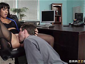 Mercedes Carrera tears up her daughters boyfriend at work