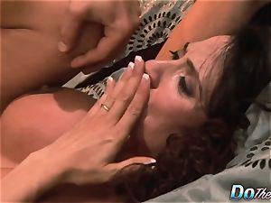 hotwife wife Ariella Ferrara pound stud