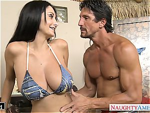 dark-haired milf Ava Addams gets fat tits drilled