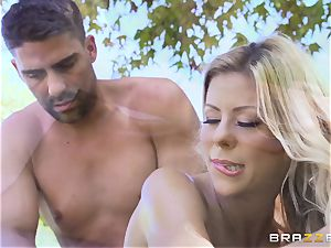 Alexis Fawx getting an outdoor penetrate and rubdown