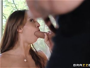 India Summers displays Sara Luvv how to pulverize her boy