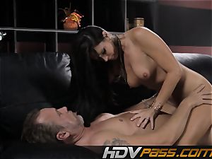 brown-haired honey India Summer fucks with enthusiasm in livingroom