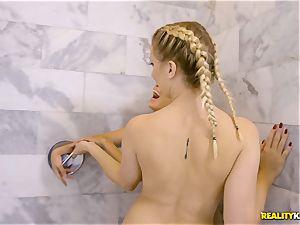 Sierra Nicole and Brice Bardot take a break to gobble minge