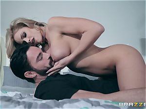 sack deep in cuckold wifey Jessa Rhodes