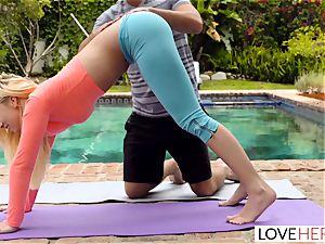 LoveHerFeet - foot worshipping Yoga Class