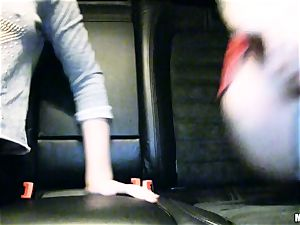 super-cute Lola Taylor gets jummy penetrating on the back seat