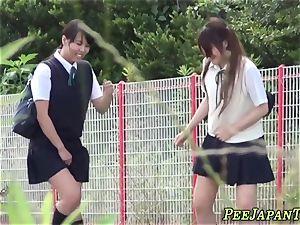 chinese schoolgirls piss
