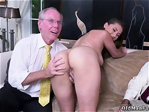 mouth-watering sinner dad When Ivy arrives everyone is affected by her smoking bod, pretty