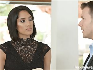 FuckingAwesome Chloe Amour gets plowed by MMA fighter