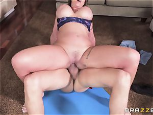 Eva Notty craves additional cum topping from pizza stud