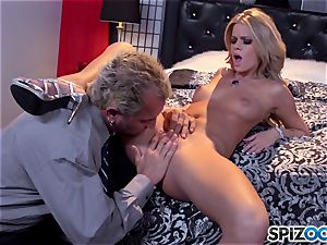 Jessa Rhodes appetizing cock-squeezing vag is smashed by a giant jizz-shotgun
