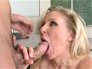 Julia Ann is a gonzo cougar who wants to put her poon on a rock hard boner