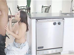 jizm craving big black cock deep-throating Valentina Nappi