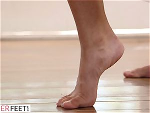 Bendy Ballerina gargles and drills Her teacher's stiffy