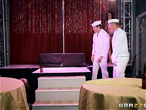 tatted Anna Bell Peaks shafted by a sailor
