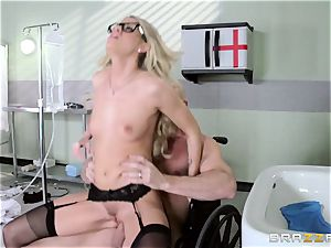 sizzling medic Jessa Rhodes checks out this meaty bone