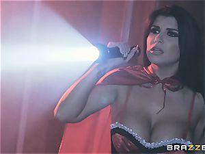 cum longing vampiress Angela milky sharing lollipop with Romi Rain