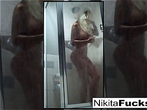 Nikita's beautiful home flick