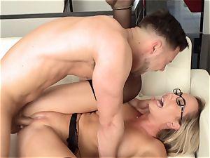 Specs attractiveness part 1 with Brett Rossi