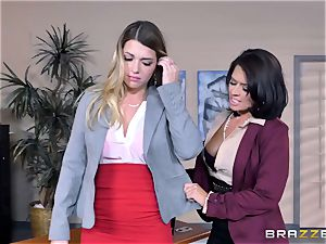Mean chief Eva Angelina ravages Jenna Ashley with rope on spunk-pump