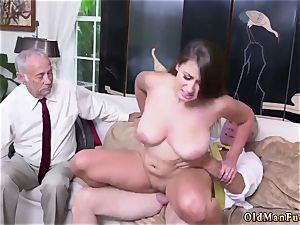 daddy and mom older stud hardcore Ivy makes an impression with her thick boobs and donk